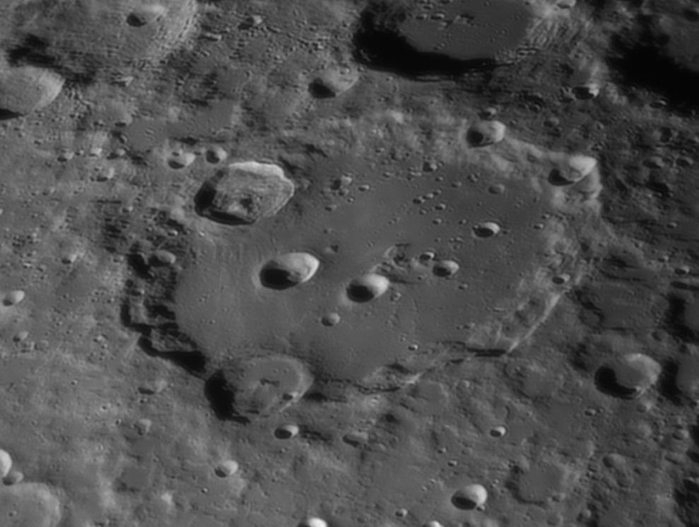 Clavius_20200403_asi224R29A_t.jpg