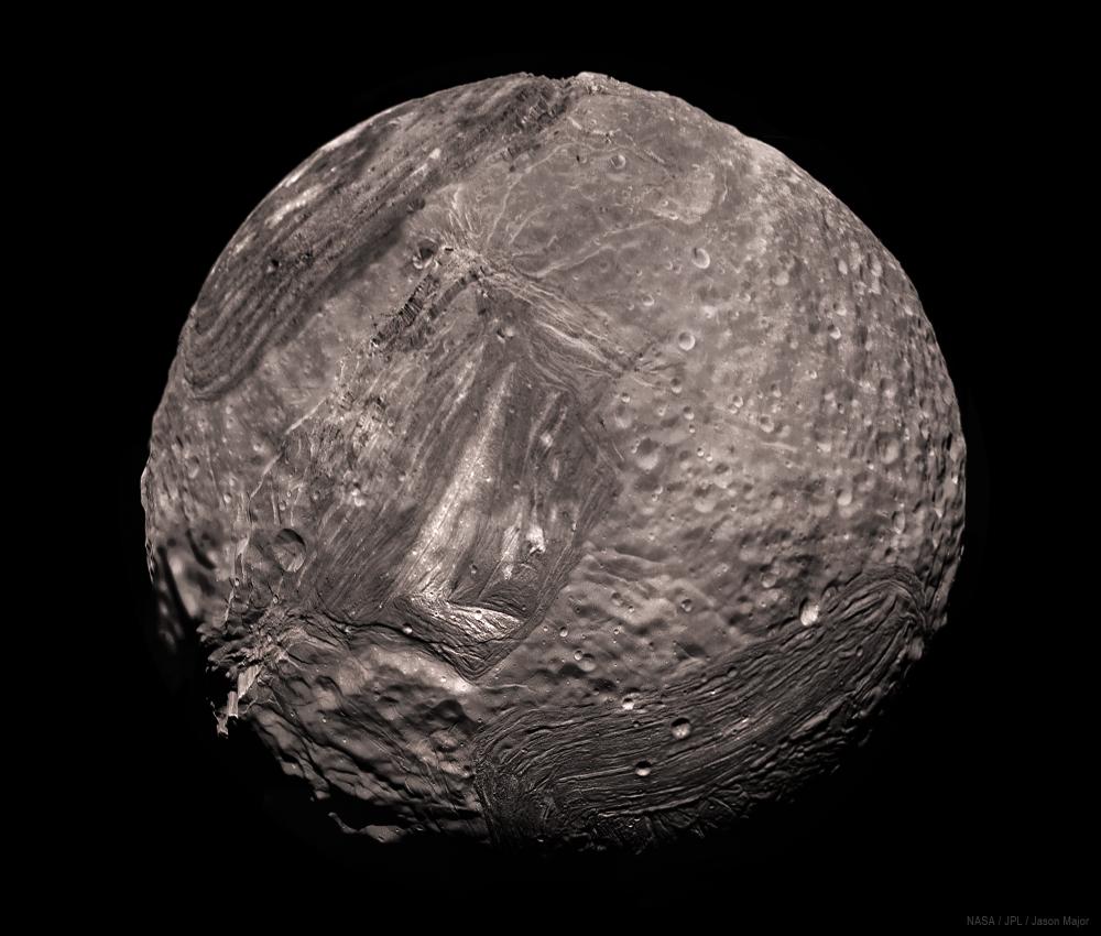 Miranda_Voyager2_25-01-1986_8-img_JasonMajor_2020.png.6fc47f1f3c7942cfa531734a74fbd90b.png
