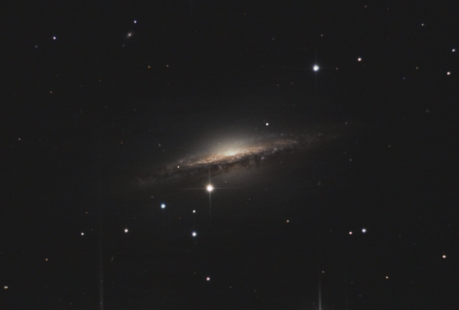 NGC1055.jpg