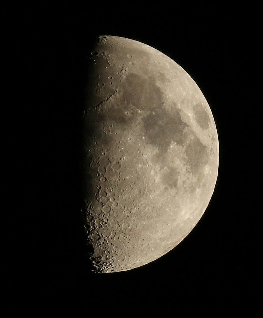 la lune le 30/05/2020 (53544AI1R6 1)