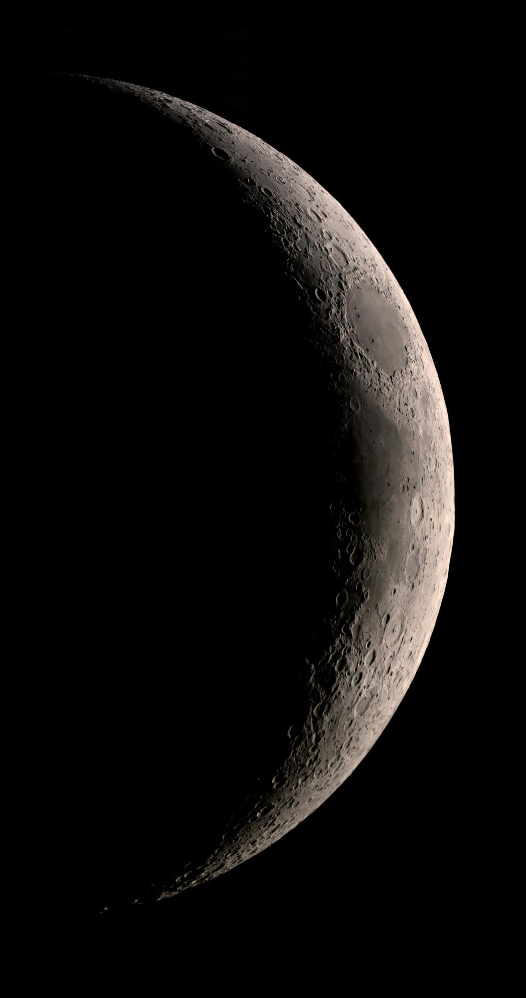 5ef4fc9ce71d1_lune240620(C8-foyer-70).thumb.jpg.78caf47adc5ed391acd3f736c8e7fe66.jpg