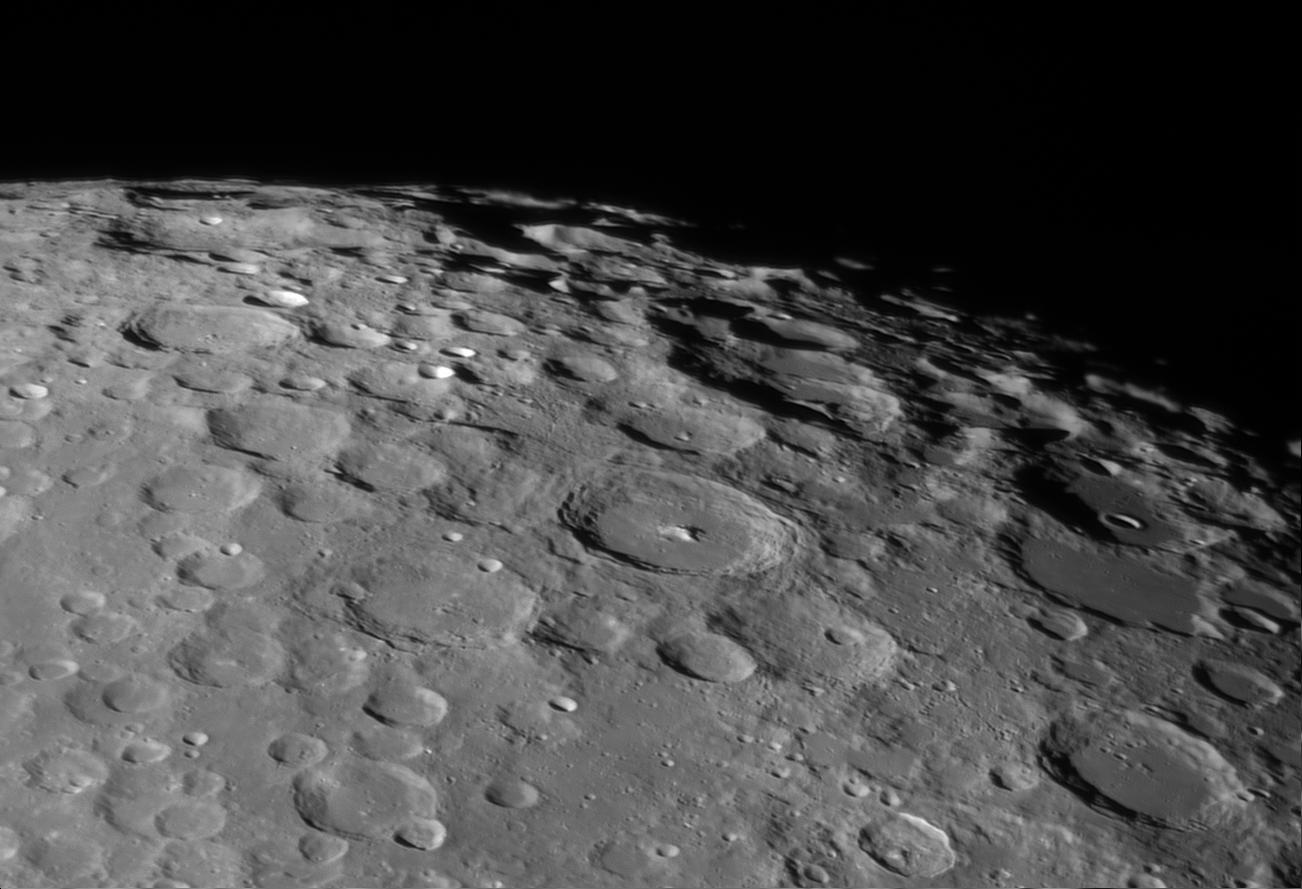 PanoramaLunaire-2juin2020-C8Orange-20H30(TU)-Skynyx2-1M-RG610.png.13d01059cd8ecce6a033955b86711962.png
