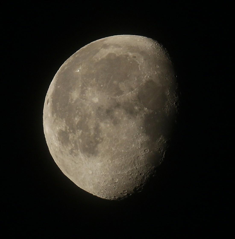 la lune le 10/06/2020 (54160AI1R6 1)