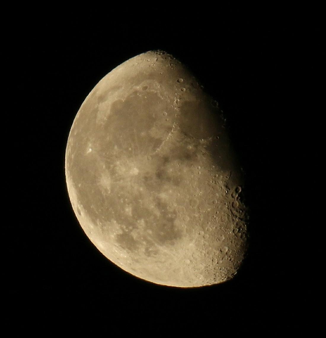 la lune le 11/06/2020 (54185AI1R6 1)