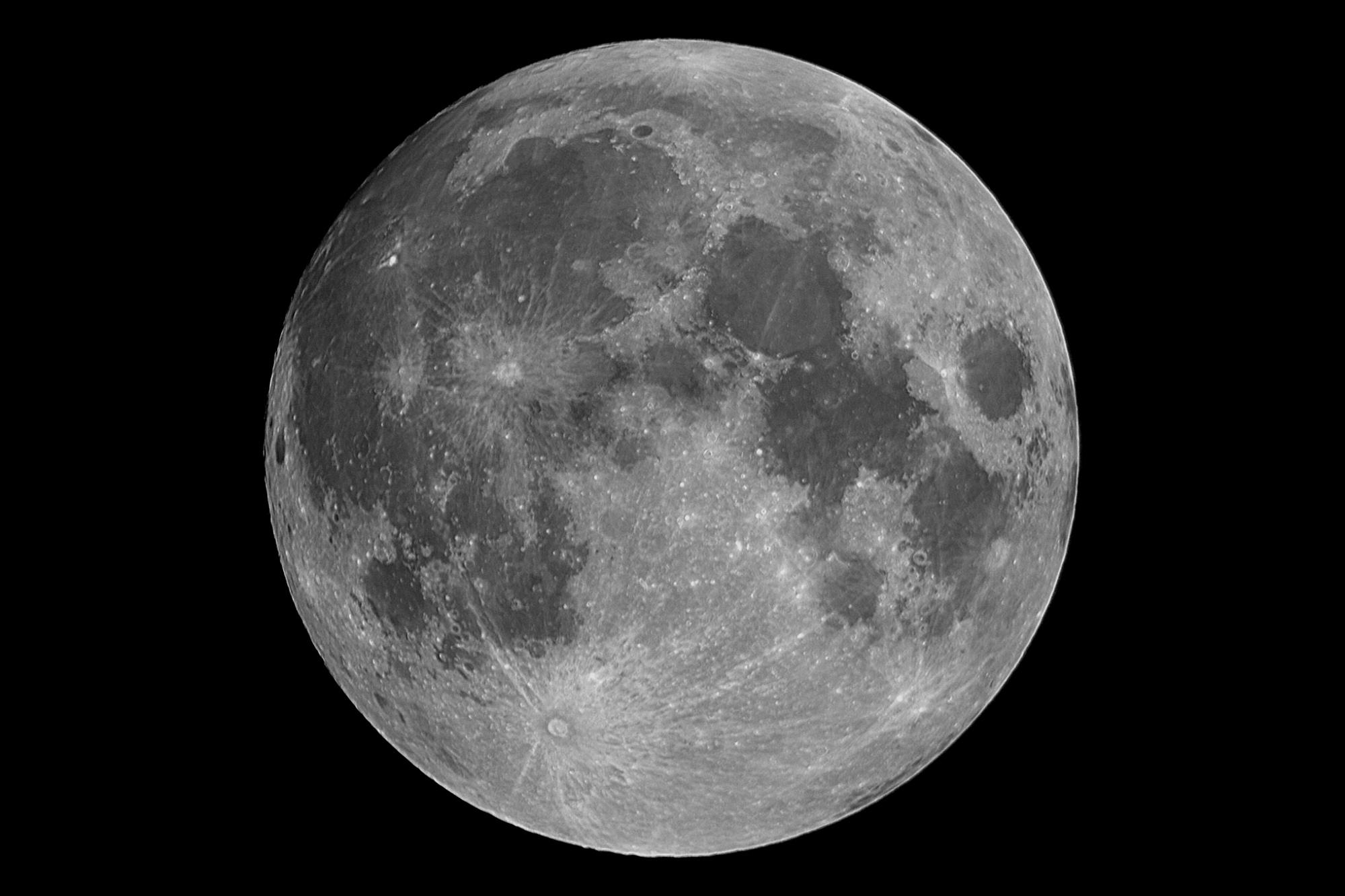 5f037ec68f5da_01-LUNE_99_2020-07-04_astrosurface_lune_100r__35_reg_09.thumb.jpg.bdbf015f91a523d289c569aa7b01acc7.jpg