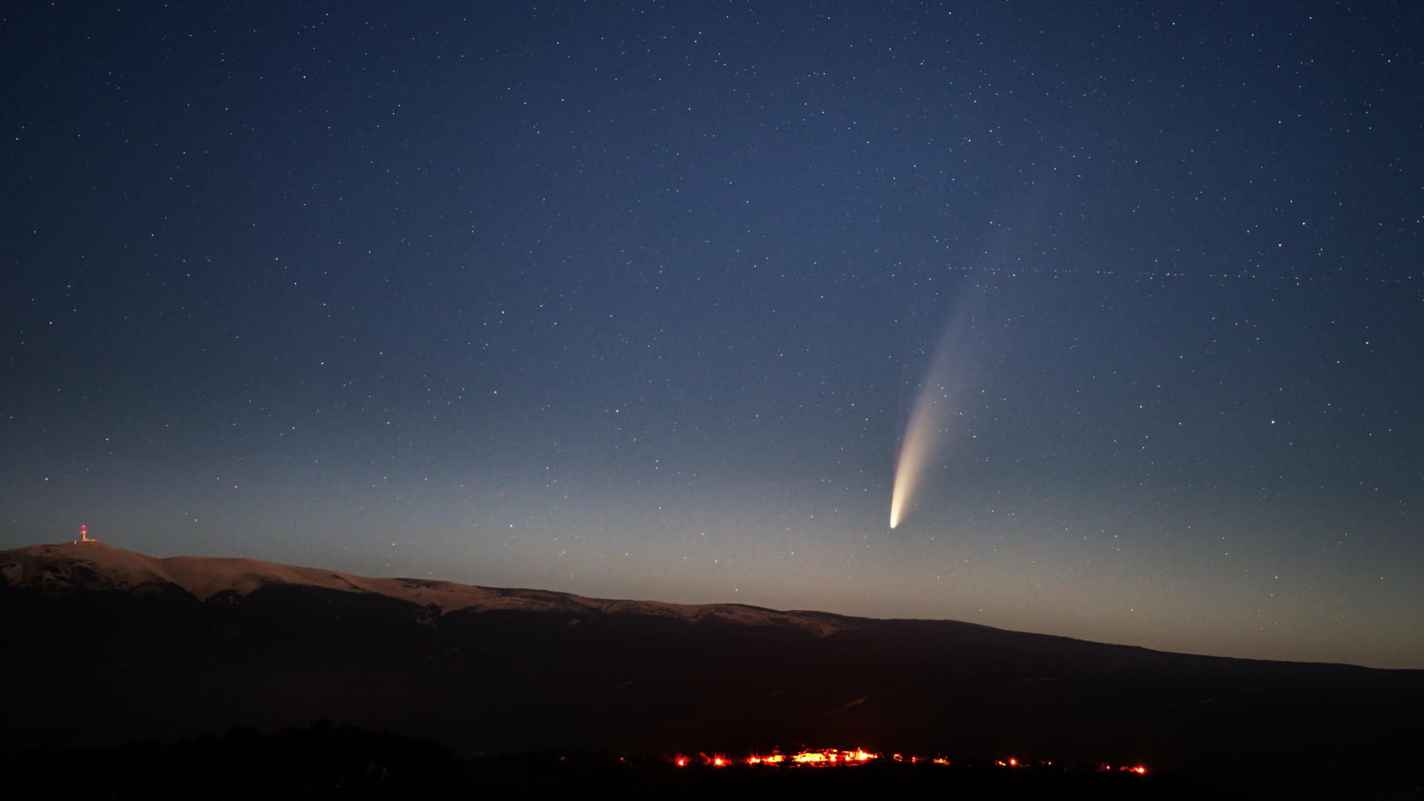 comet2 ps reduc.jpg