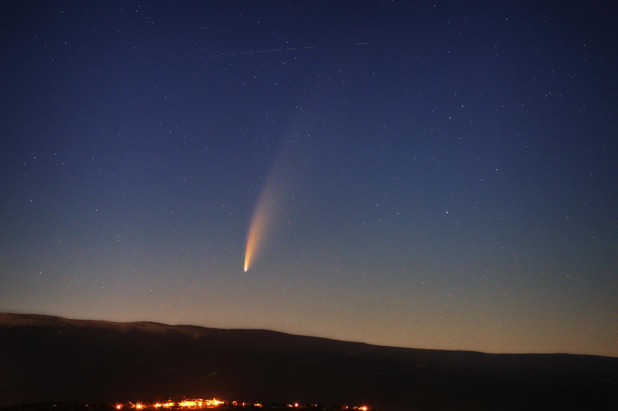 comet1 PS reduc.jpg