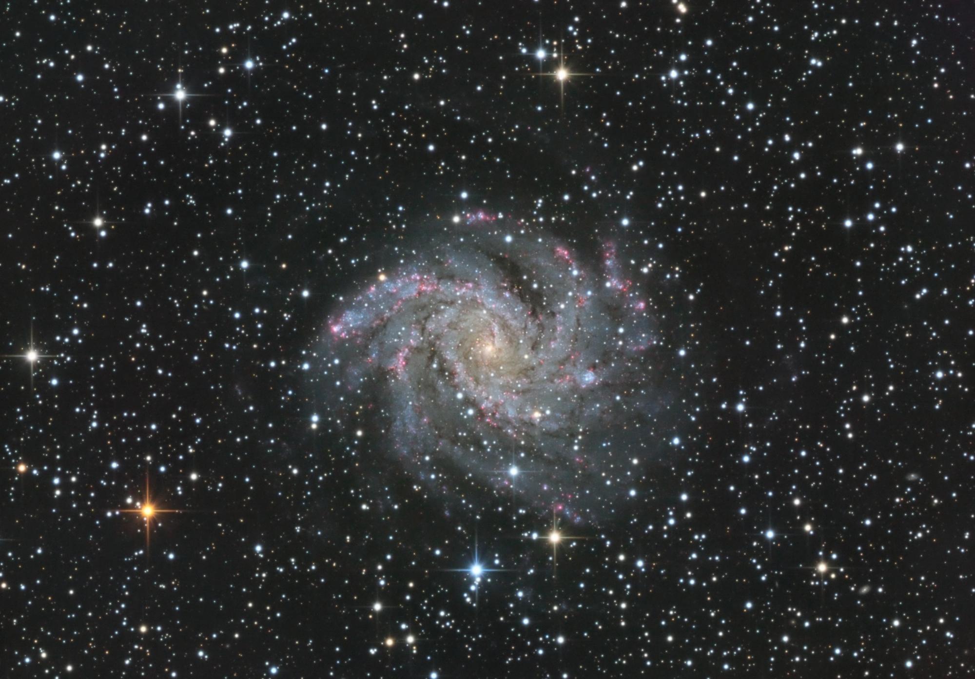 NGC_6946_LRHaVB_finale1.thumb.jpg.e23b504f592af264349e2180ffa66aa5.jpg
