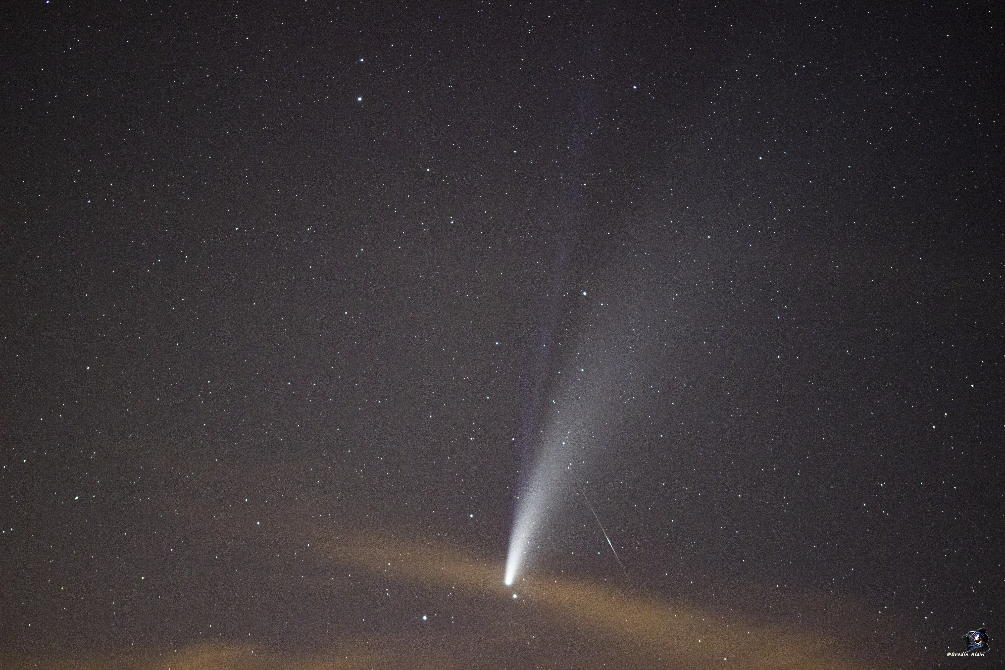 La cométe C/2020 F3 (NEOWISE) du 18 07 2020