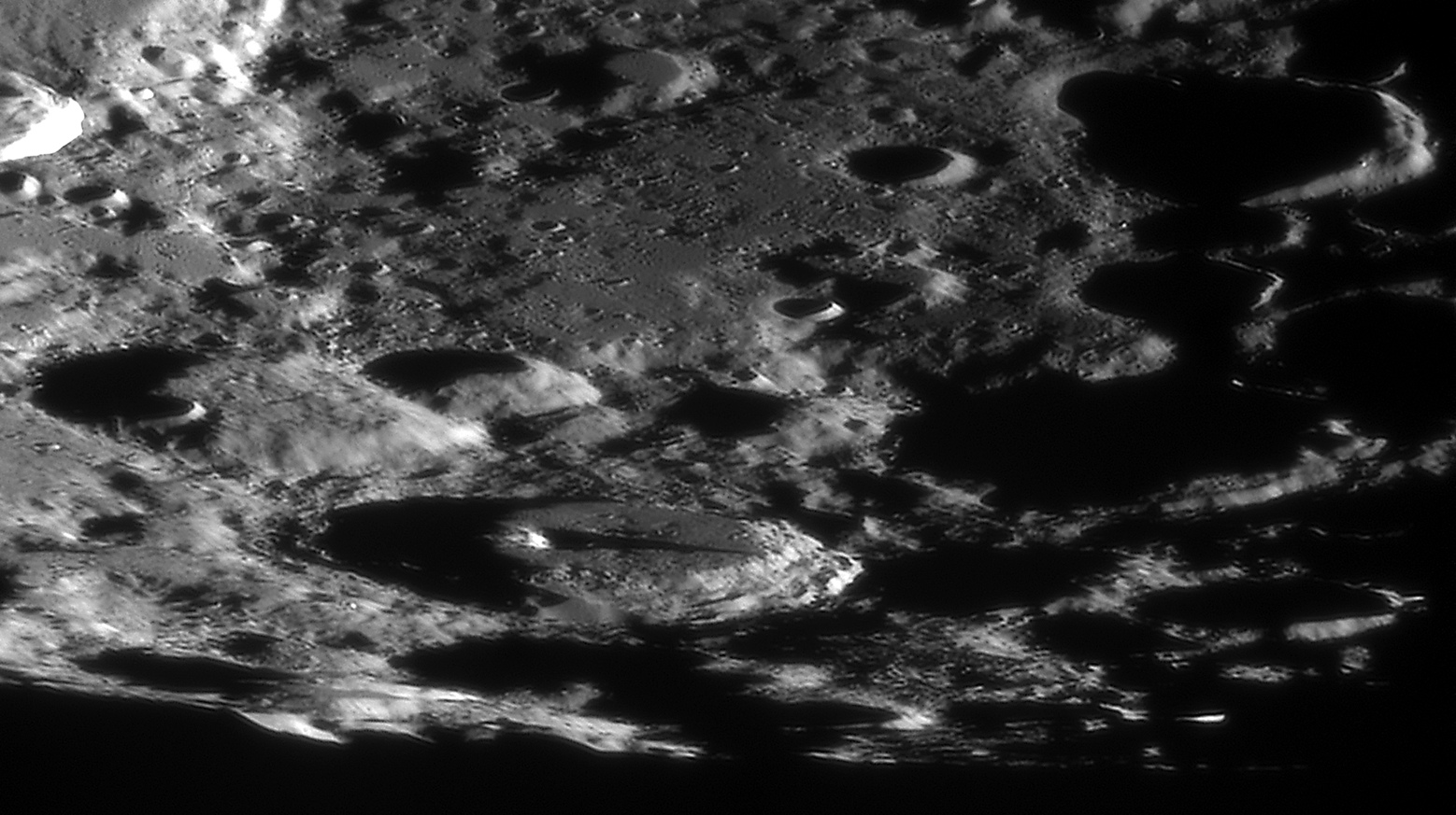 Lune 12/07/2020 C14 ASI290 Filtre IR610 Barlow 2X CLAVE : MORETUS