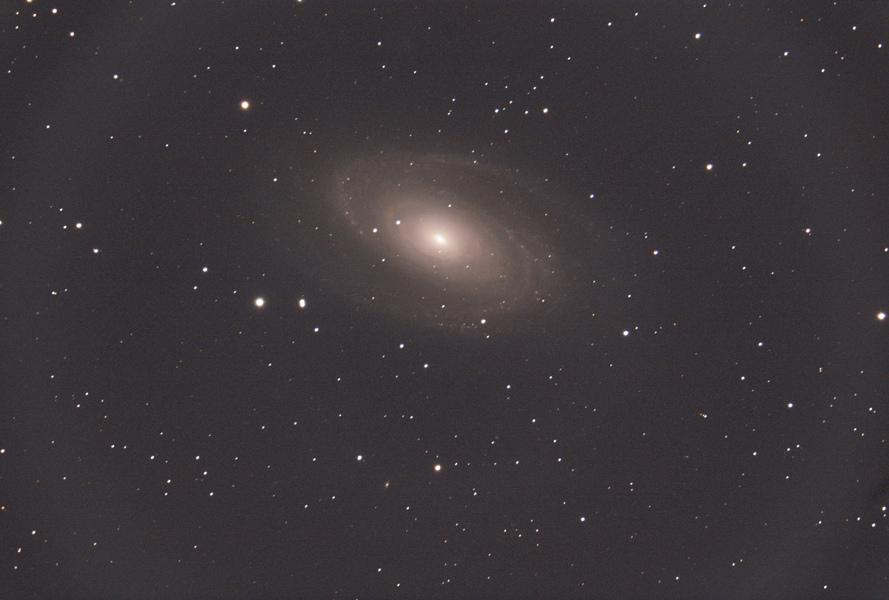 M81_SIRIL_CS2_RESIZE_800x600.jpg.a7beeabd072f826c144443370c72f04e.jpg
