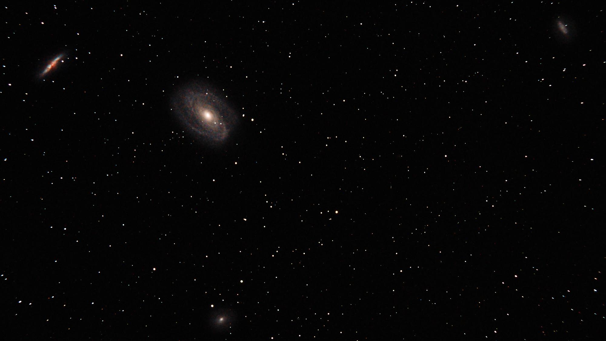 Galaxie_Bode_M81_28x300s_ISO800.jpg