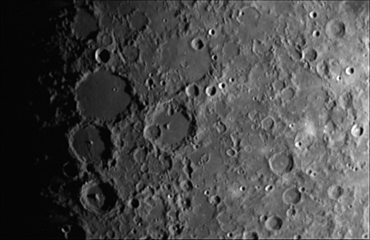 Moon_204112_lapl5_ap177_AS.jpg.4548385bf6edc0ae6f99ee7451144b6e.jpg