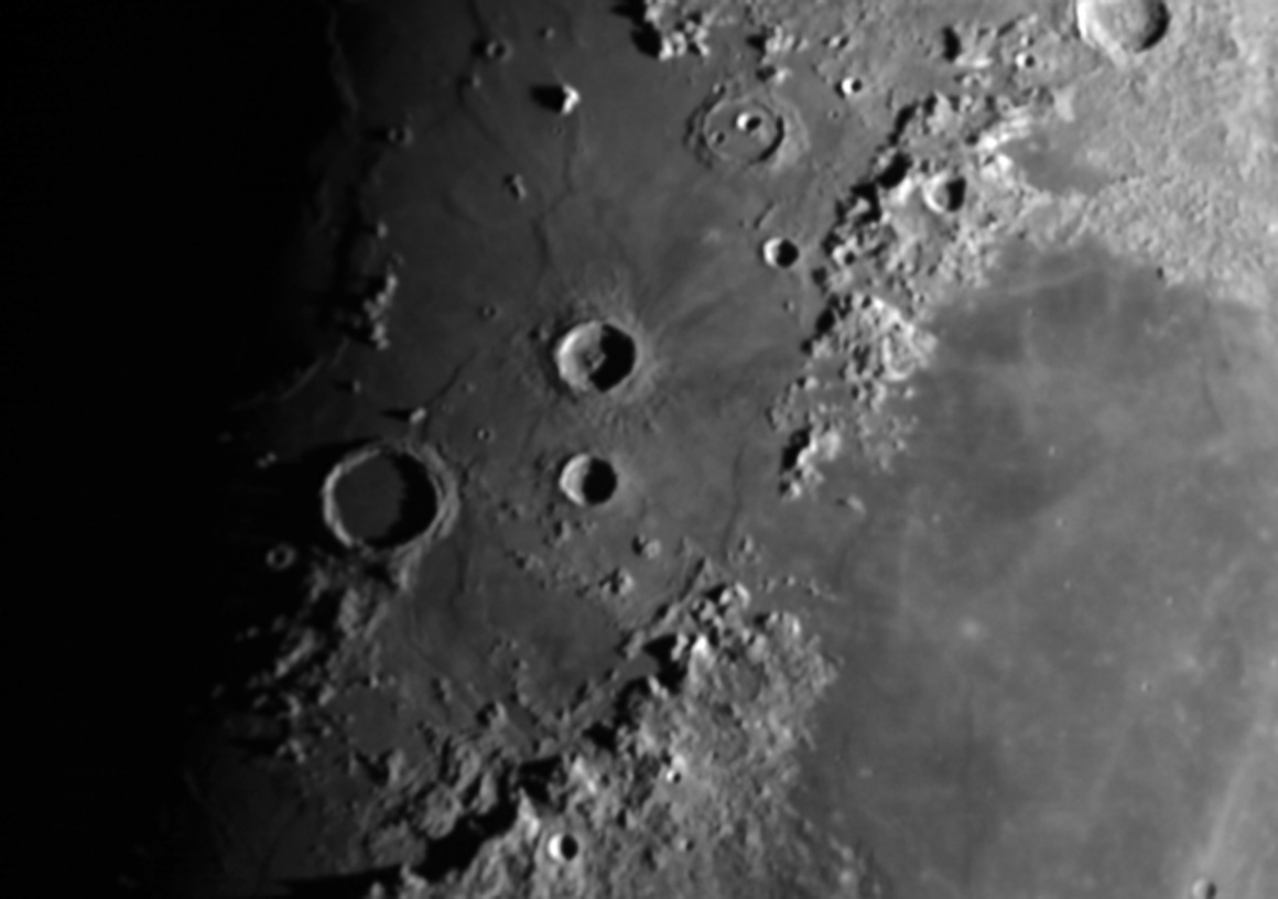 Moon_204253_lapl5_ap169_AS.jpg.a34d5c174ea810ae7d24be53598e0c0f.jpg