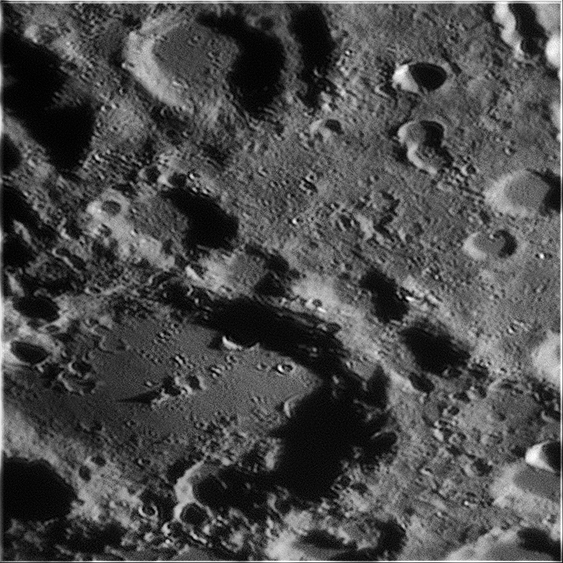 2020-11-23-1902_3-L-Moon_lapl6_ap169_R6AS_maginus.png.064e784ea3fdd57a1f517059995a284e.png