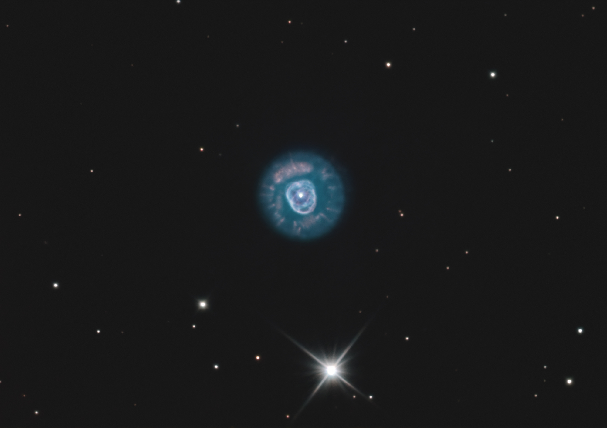 NGC-2392_final.jpg.c34332e132057bf6f0def70a29e56cbe.jpg