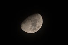 Lune 24112020 à la lunette 70/900 + CANON EOS20D