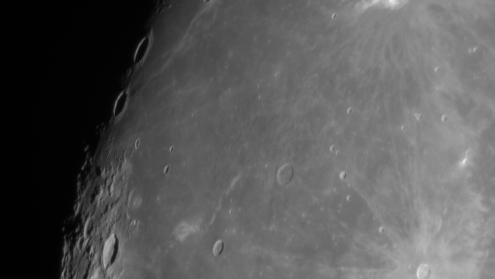 1259412476_Moon_214226_281120_ZWOASI290MM_IR_590nm_AS_P40_lapl6_ap1653.jpg.a09fe1c24b810c9ca300076bad73fb6f.jpg.4e0dd2589bcdb707420067f38f9f3cff.jpg