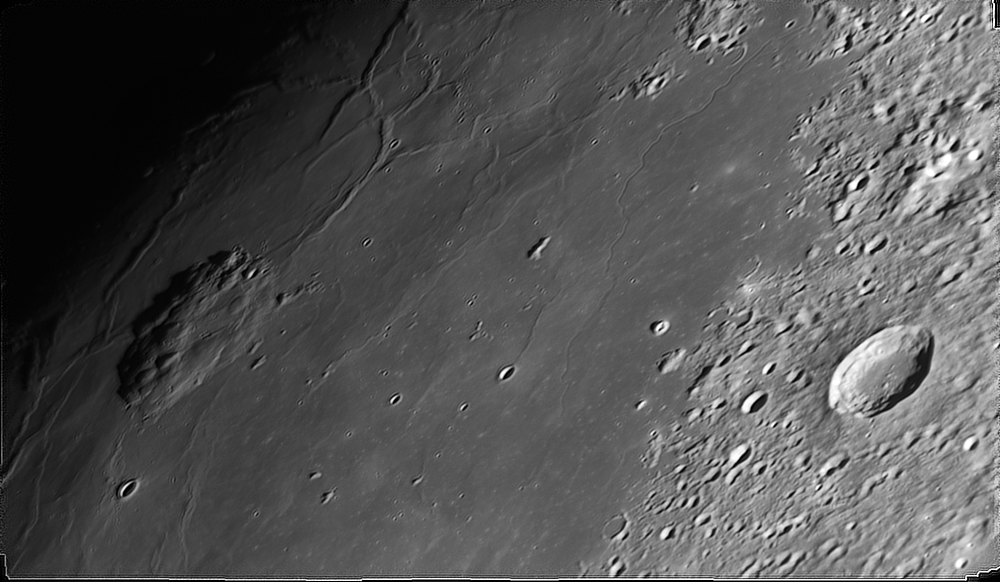 2020-11-27-2118_4-505-Moon_ZWO ASI290MM Mini_lapl5_ap1277.png