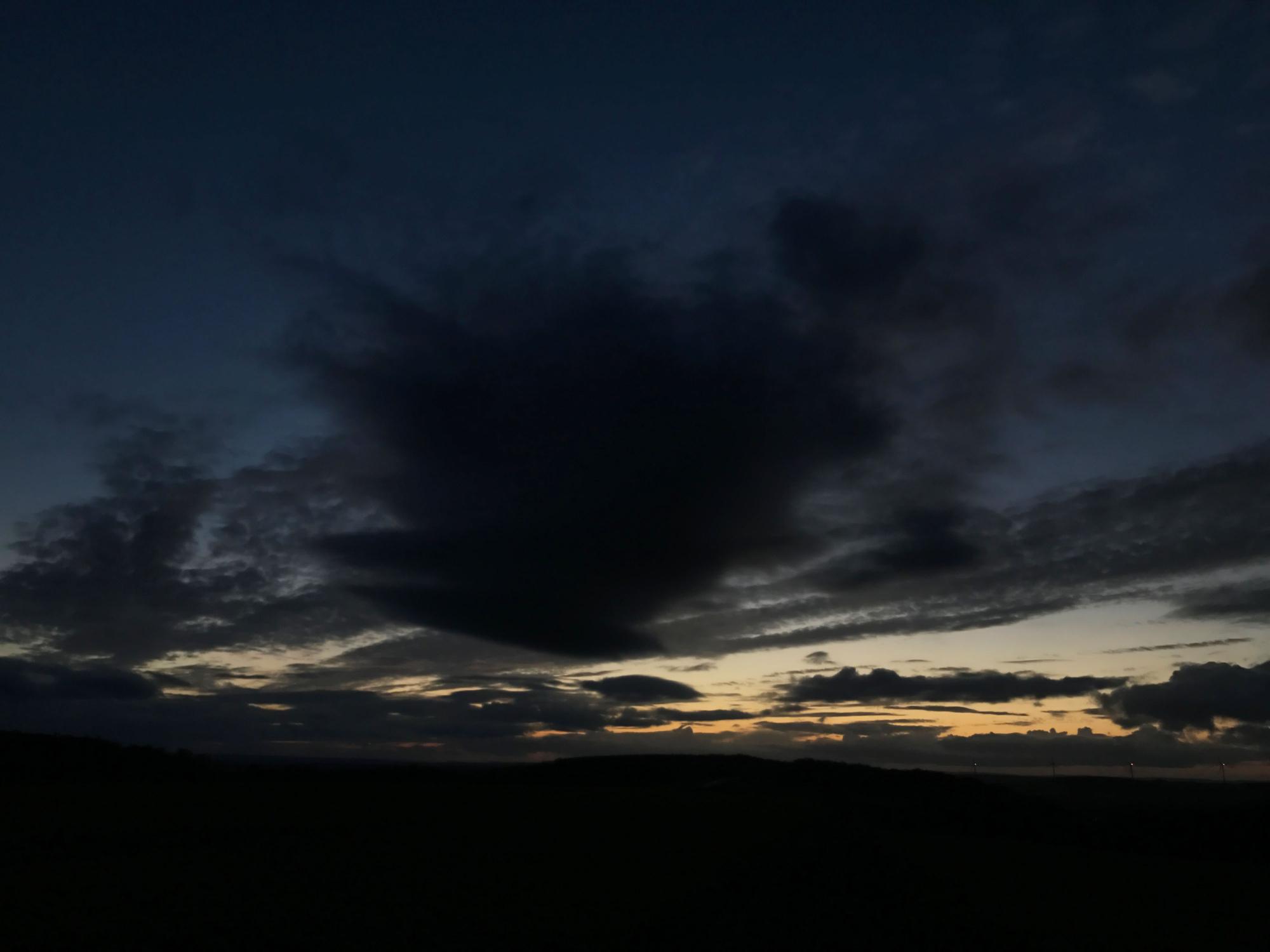 conjonction nuages 7788B1N1 send.jpg