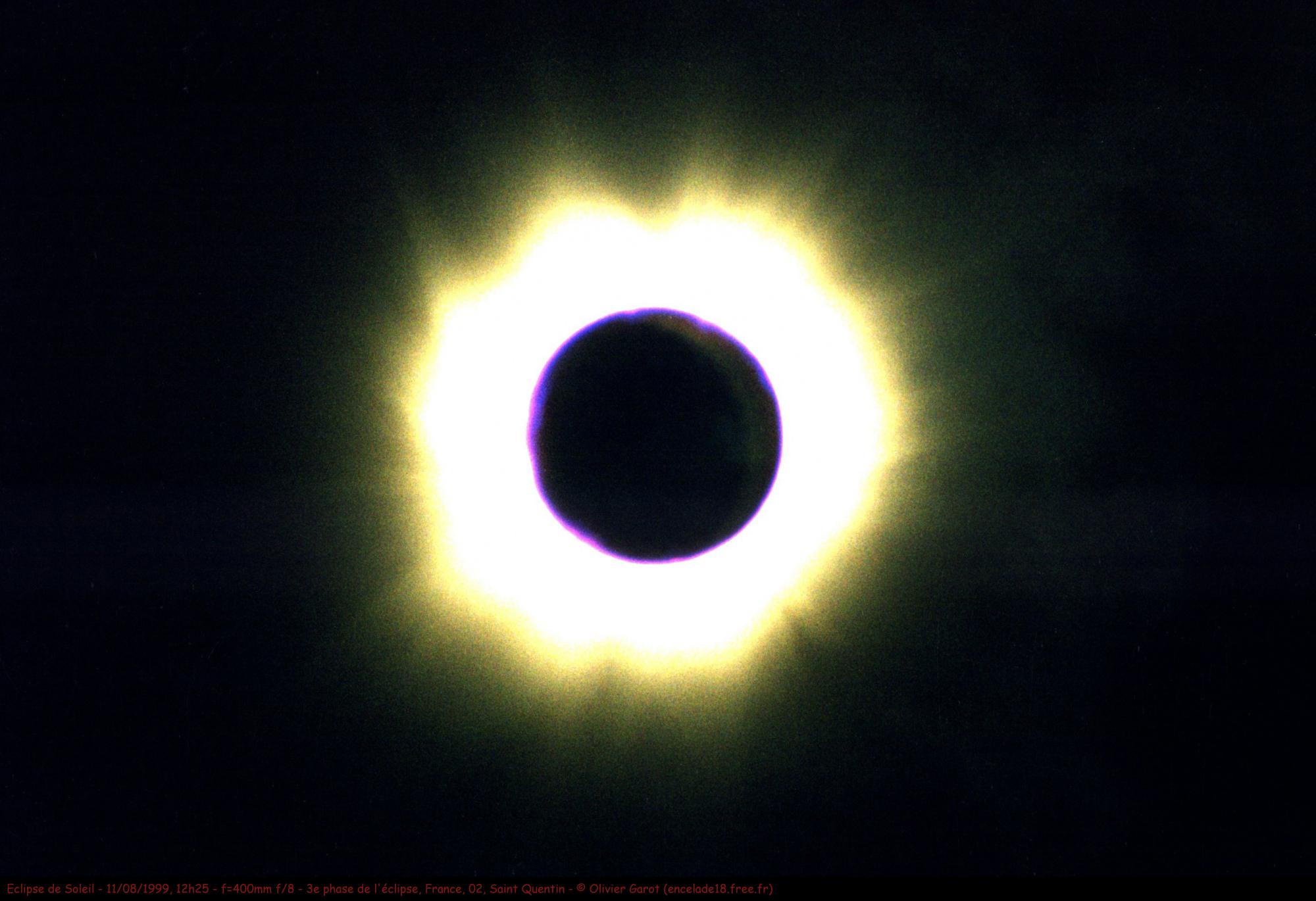 Soleil_1999_08_11_Eclipse_06_XRX_400mm_B_CROP2736x1824_og.thumb.jpg.fb079a9830e7168b74541f59c656c90e.jpg