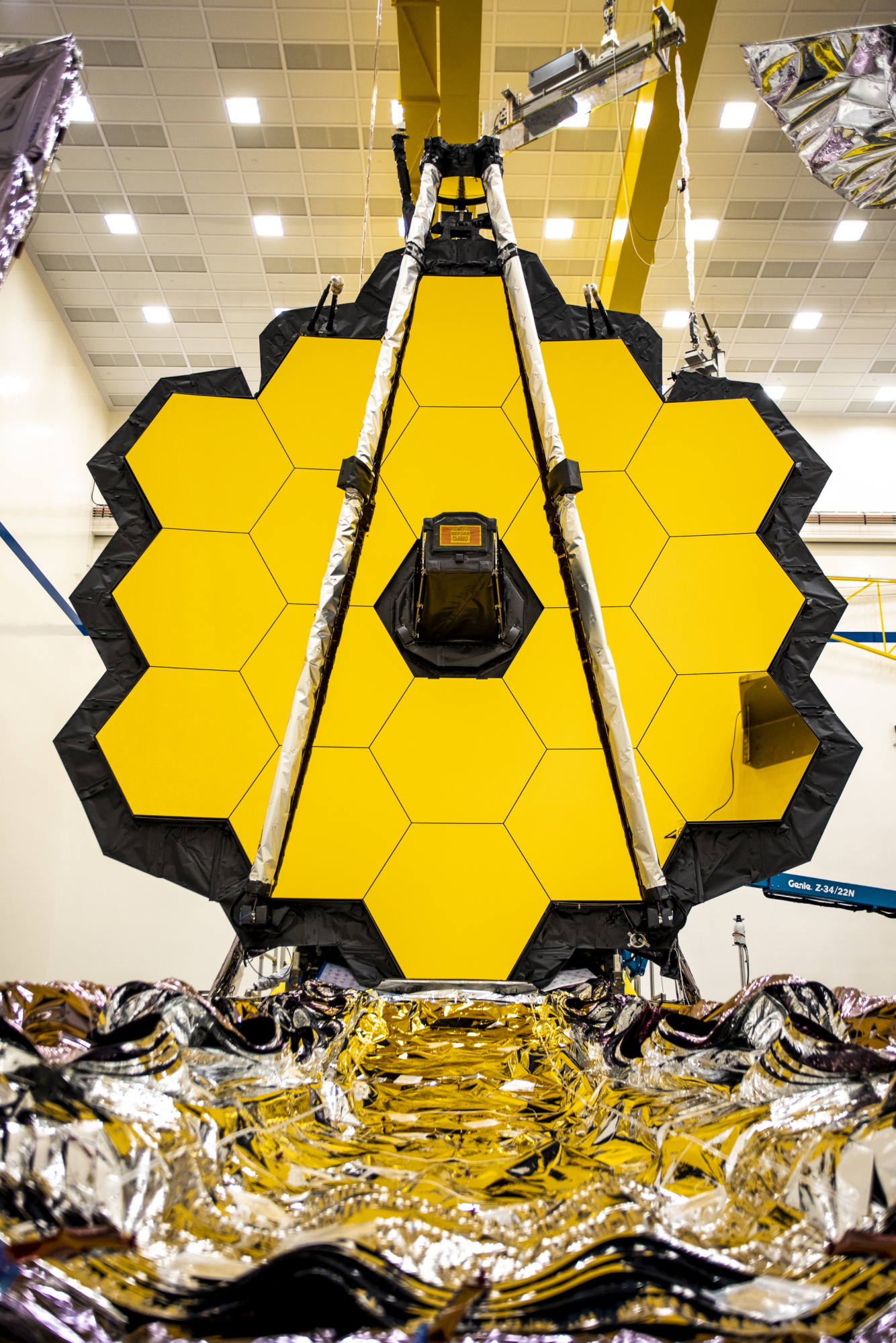 20-0304-m8-jm-jwst-1st-shift-8713_approved_ng20-0765.jpg