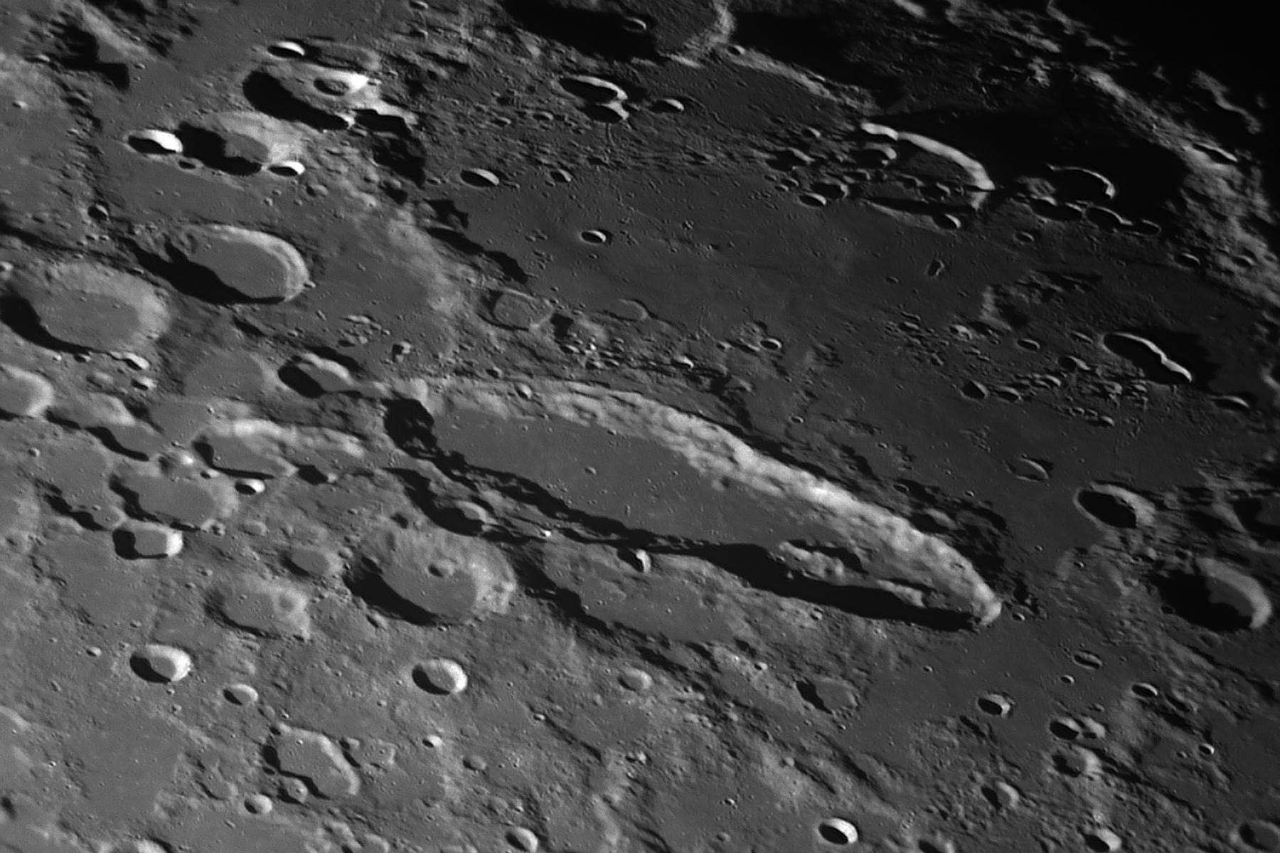 2021-02-23-2036_6-R-Moon_Schiller_C.jpg.0b66660611fd75cece0c053076acf9d8.jpg