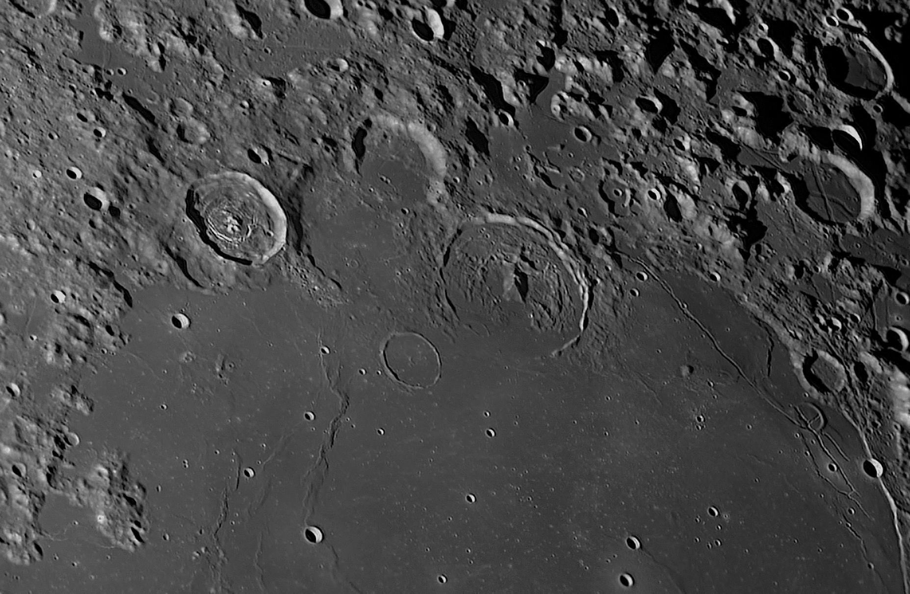 2021-02-23-2135_8-R-Moon_Vitello_D.jpg.a6c77f33c1393eb3dc2635bee233670b.jpg