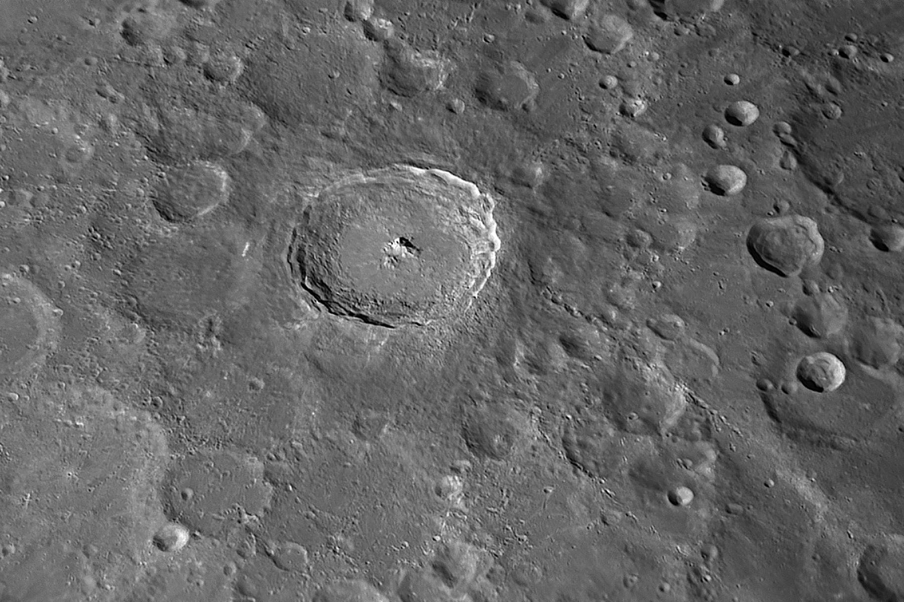2021-02-23-2226_5-R-Moon_Tycho.jpg.c21779fe0578395047e696515e232b4f.jpg