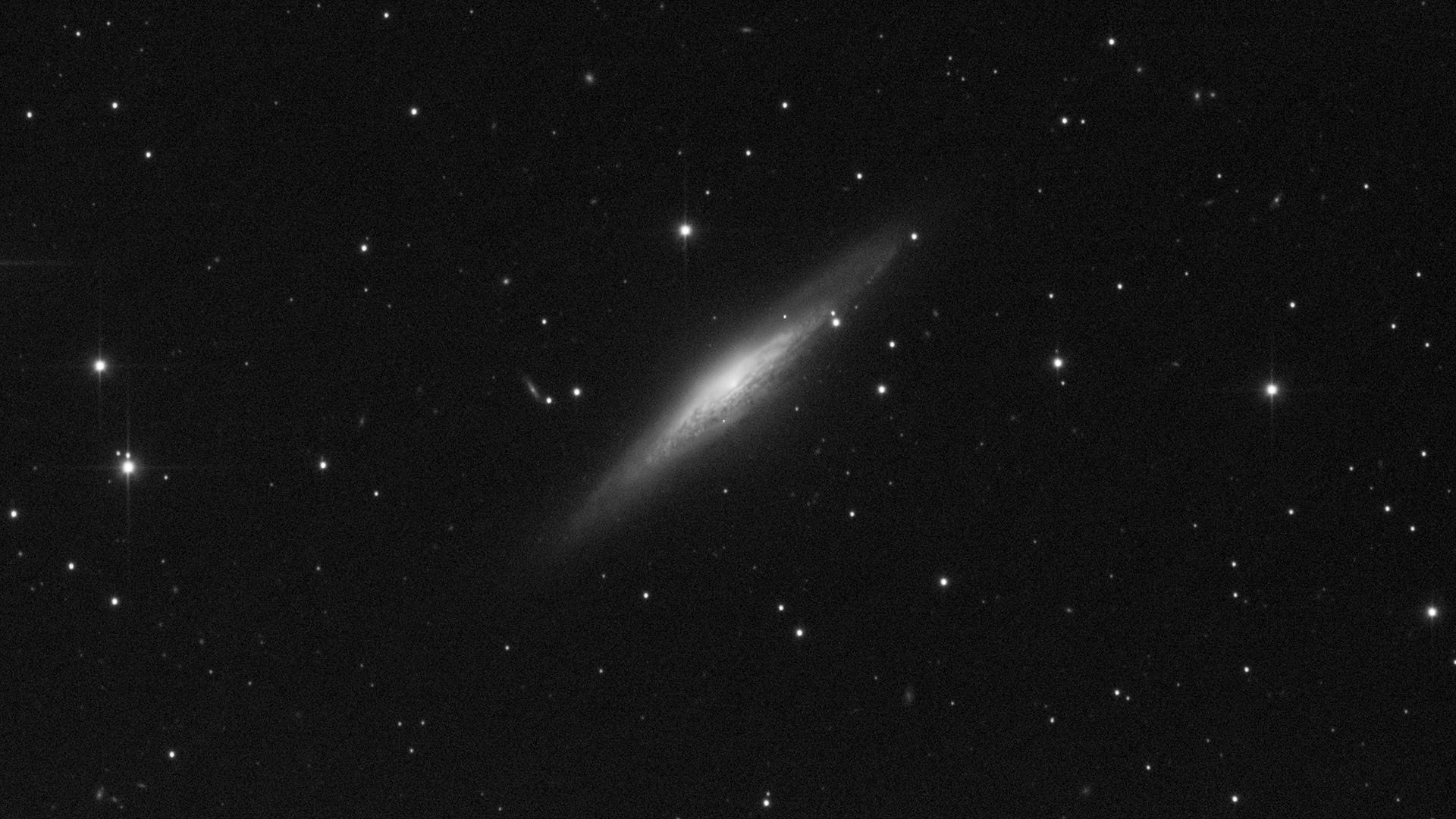 602f87346aa1d_r_pp_NGC2683_stacked(1).jpg.824043a7abcf313417e5144d12f4b642.jpg