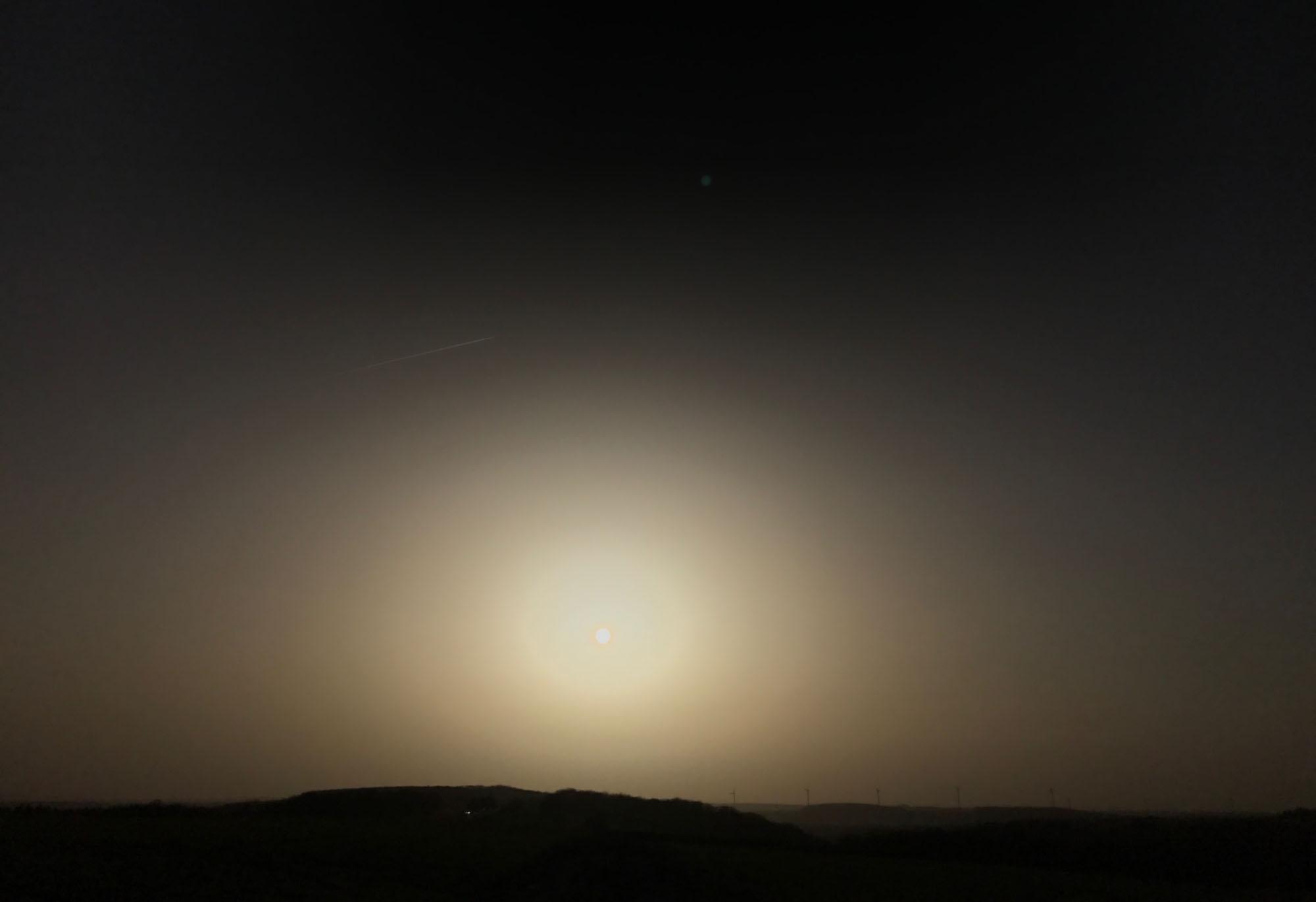 poussière africaine 8351N1B2 send.jpg
