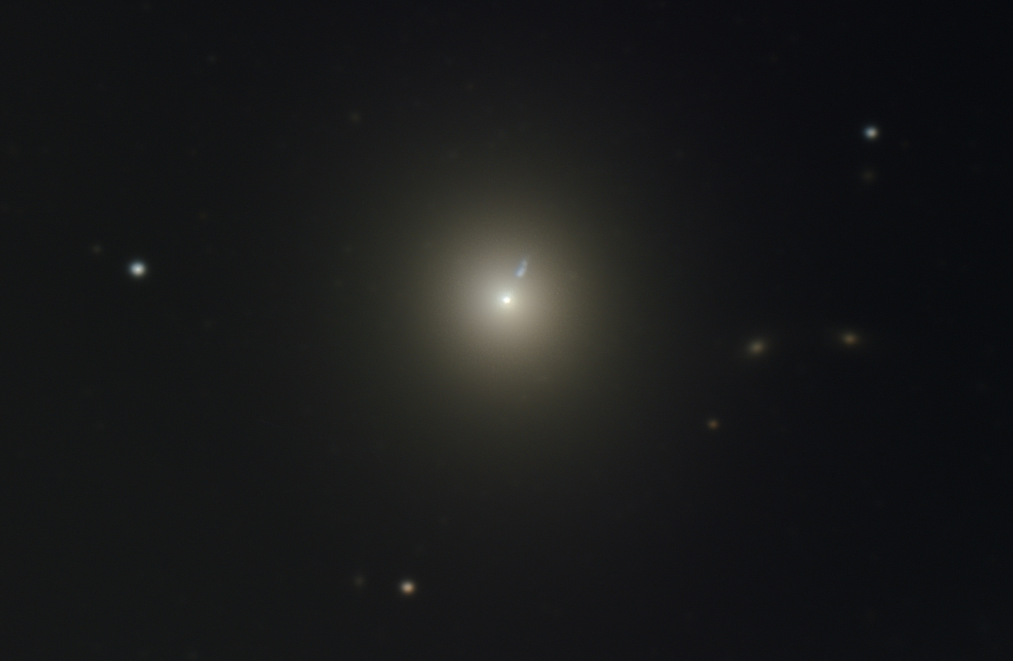M 87 320 x 30 sec 4000 ISO FT Crop Final.jpg