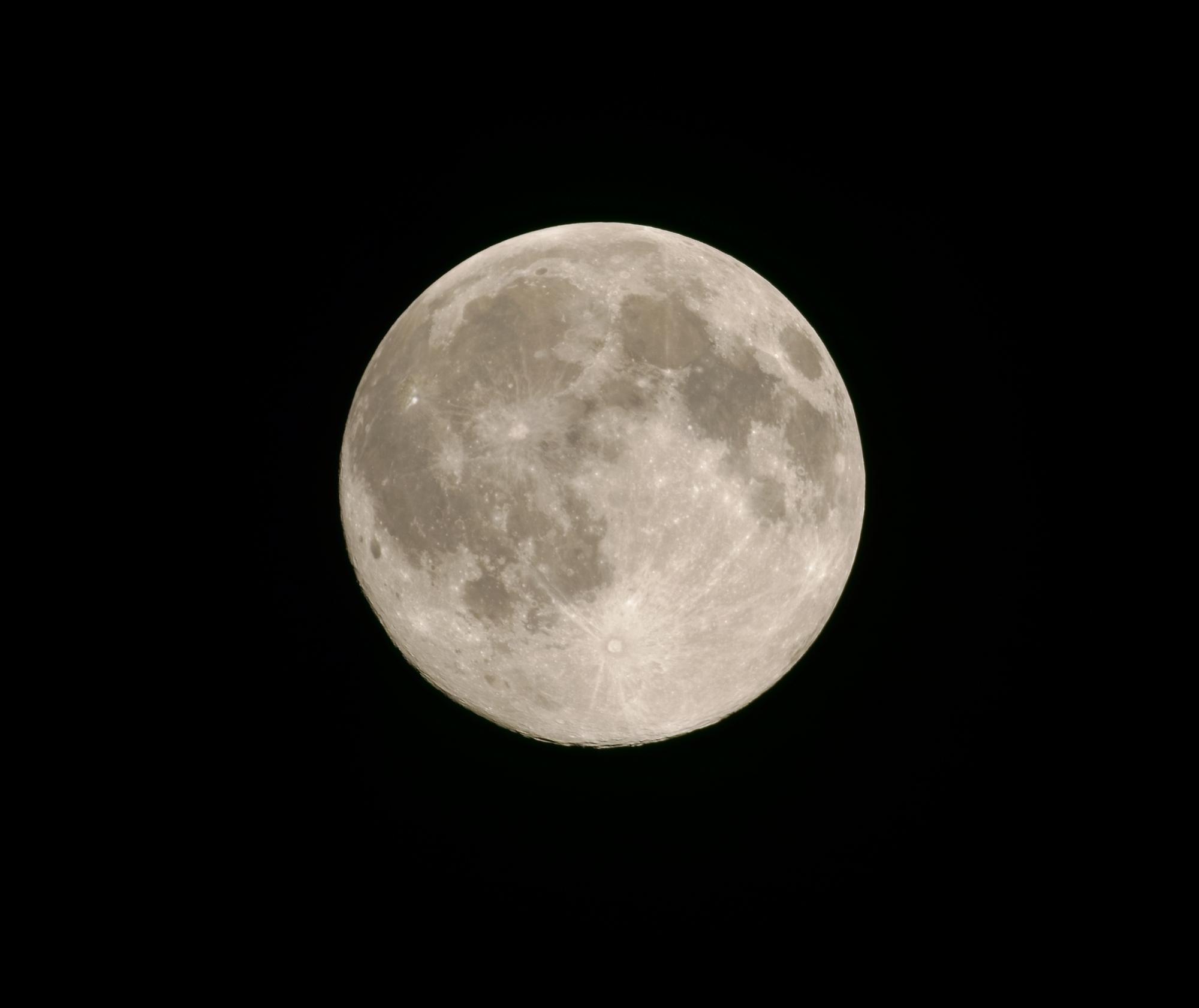 603bd9b6eb79a_lune270221(T600-doubleur-100).thumb.jpg.b644c11fafe3e19b9b144a78d778f577.jpg