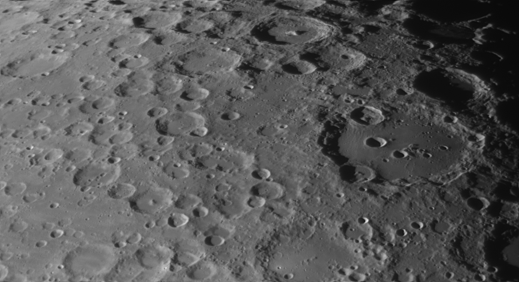 Clavius.png.9559baed235f3566a58318785bff33e1.png
