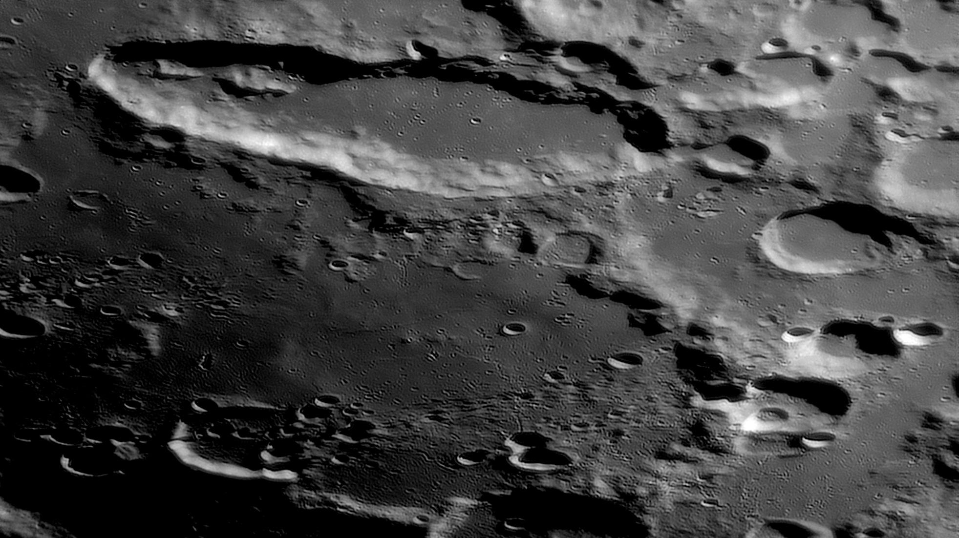 large.2021-02-23-2052_7-R-Moon_l5.jpg.7b9d6ca35828c78be42c10bad0855084.jpg