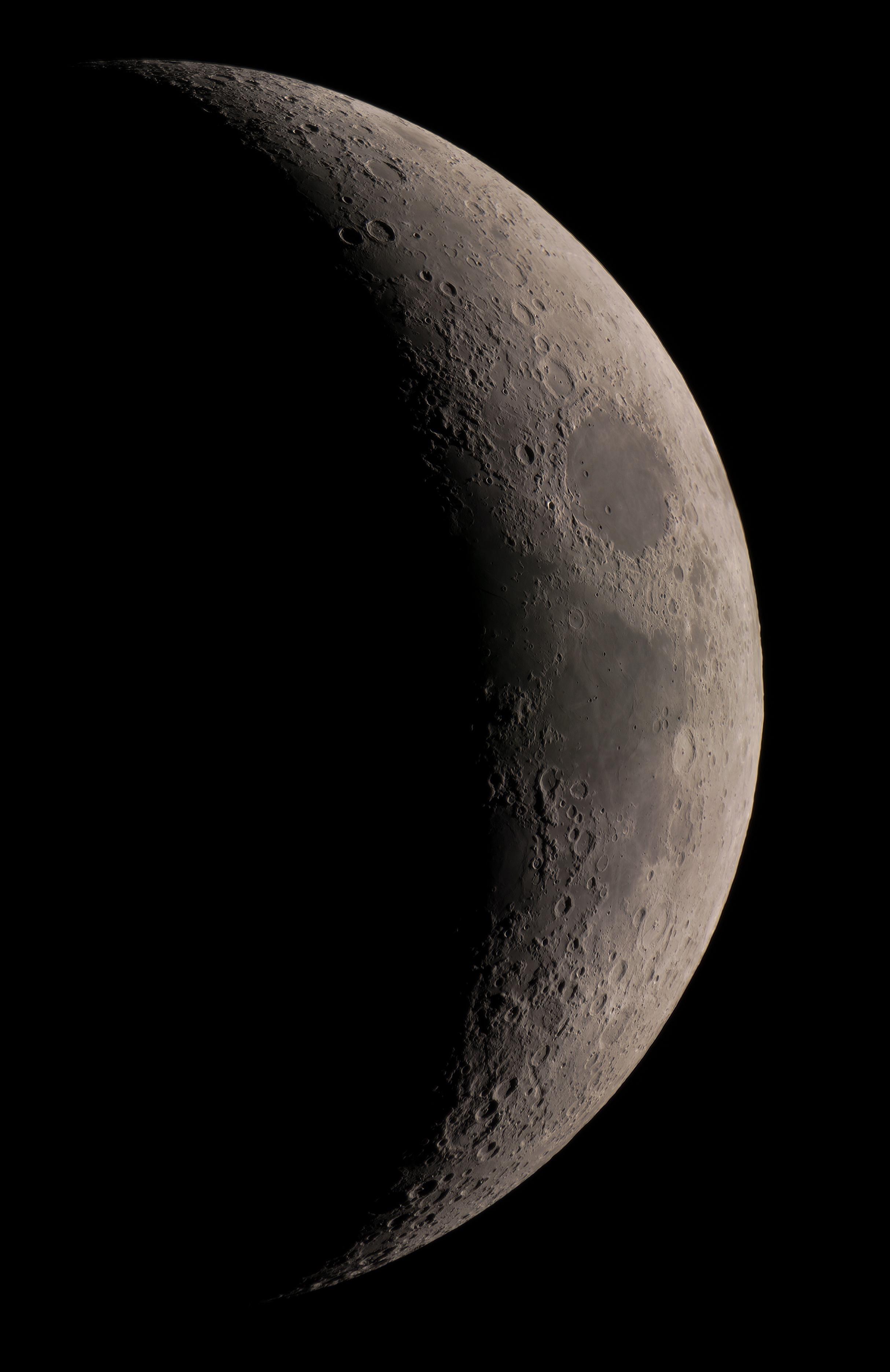 Croissant de lune en couleur du 160221(C8-B3x-A7s-80%)