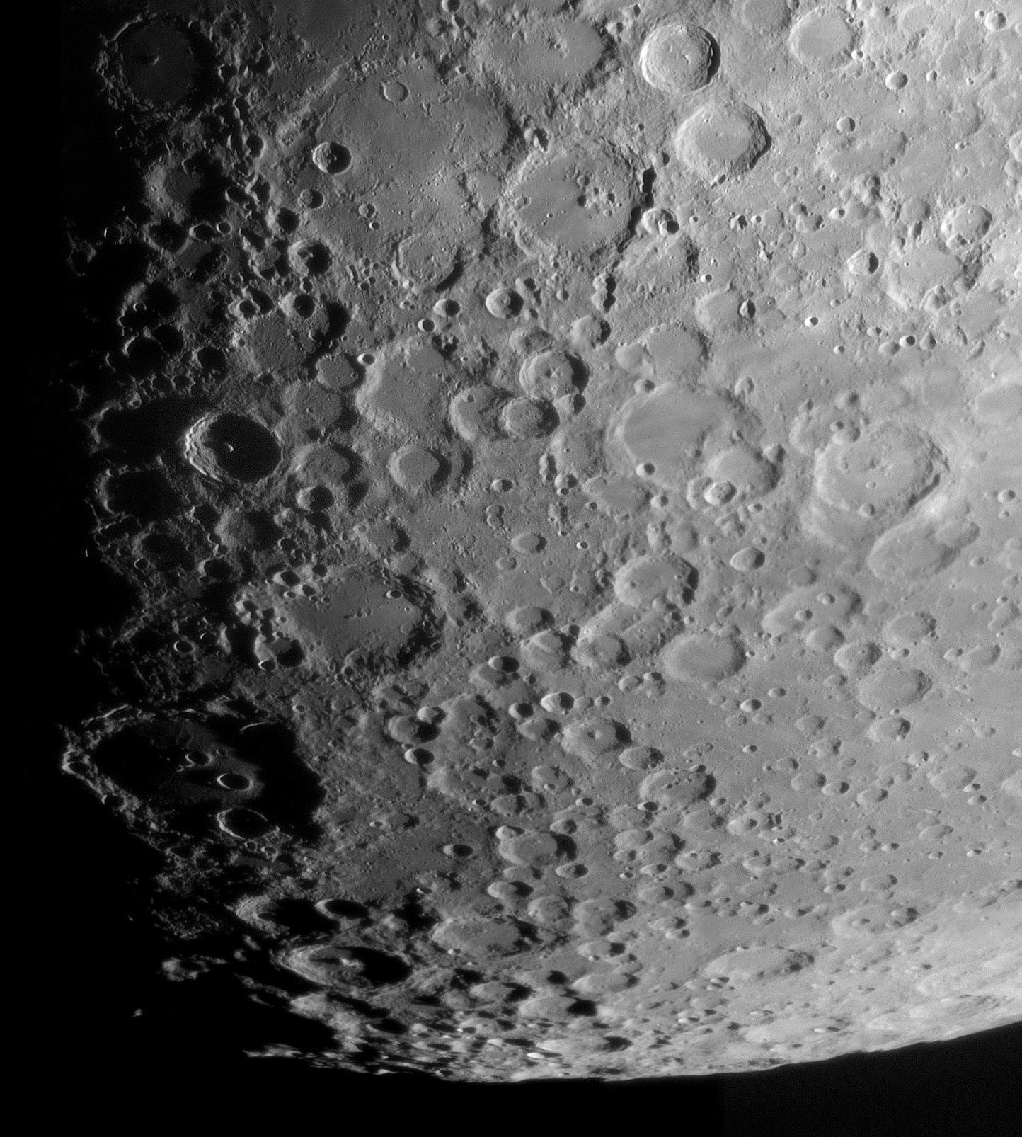 lune200221.jpg.d9969e1d9d0e401548686635d1107187.jpg