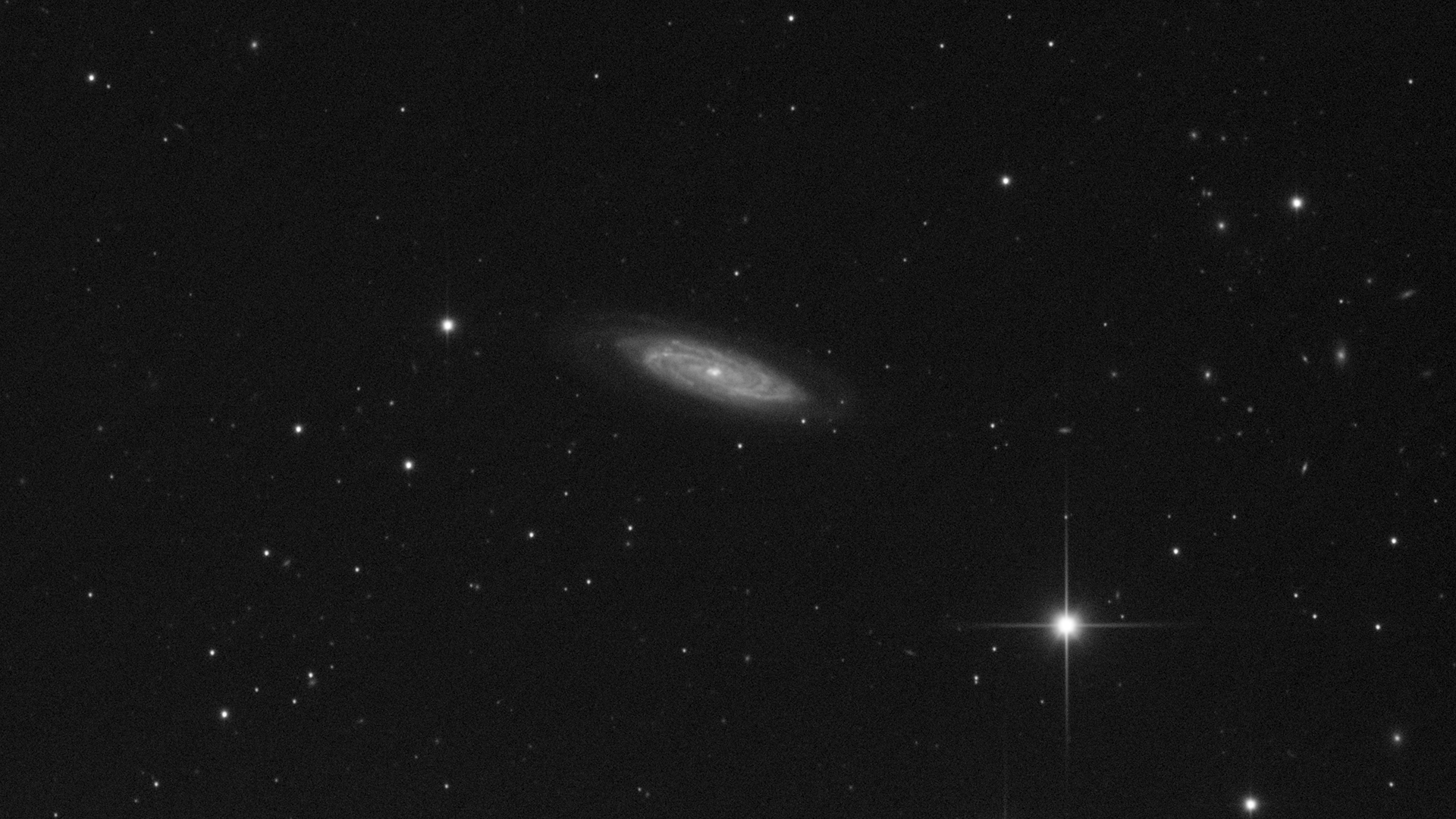 r_pp_NGC4100_stacked.png.15f12b8b1dd81fe1af752e99b7b4185c.png