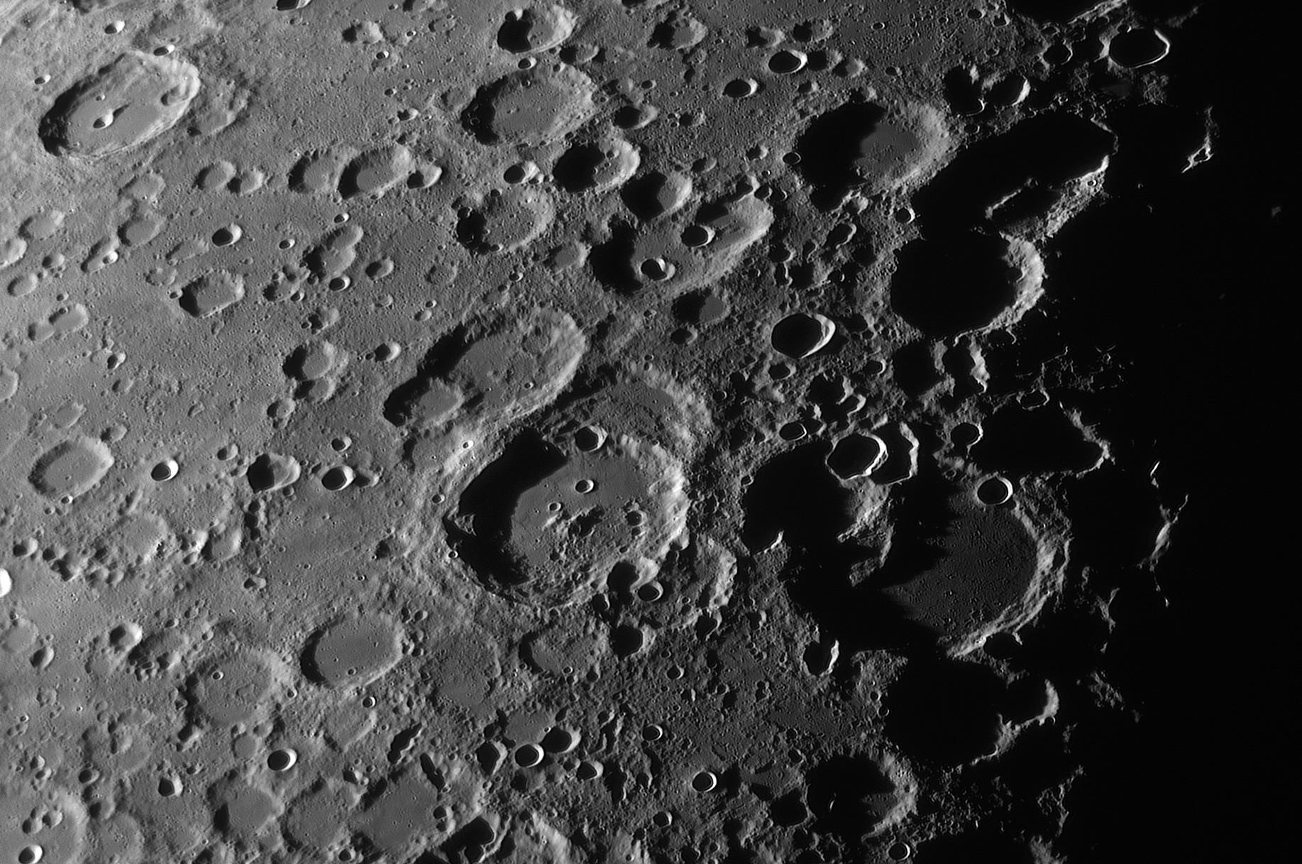 605749ec822c6_lune20mars211.jpg.7a3d7c63b8ffd694d0fb9ac1201eda8b.jpg