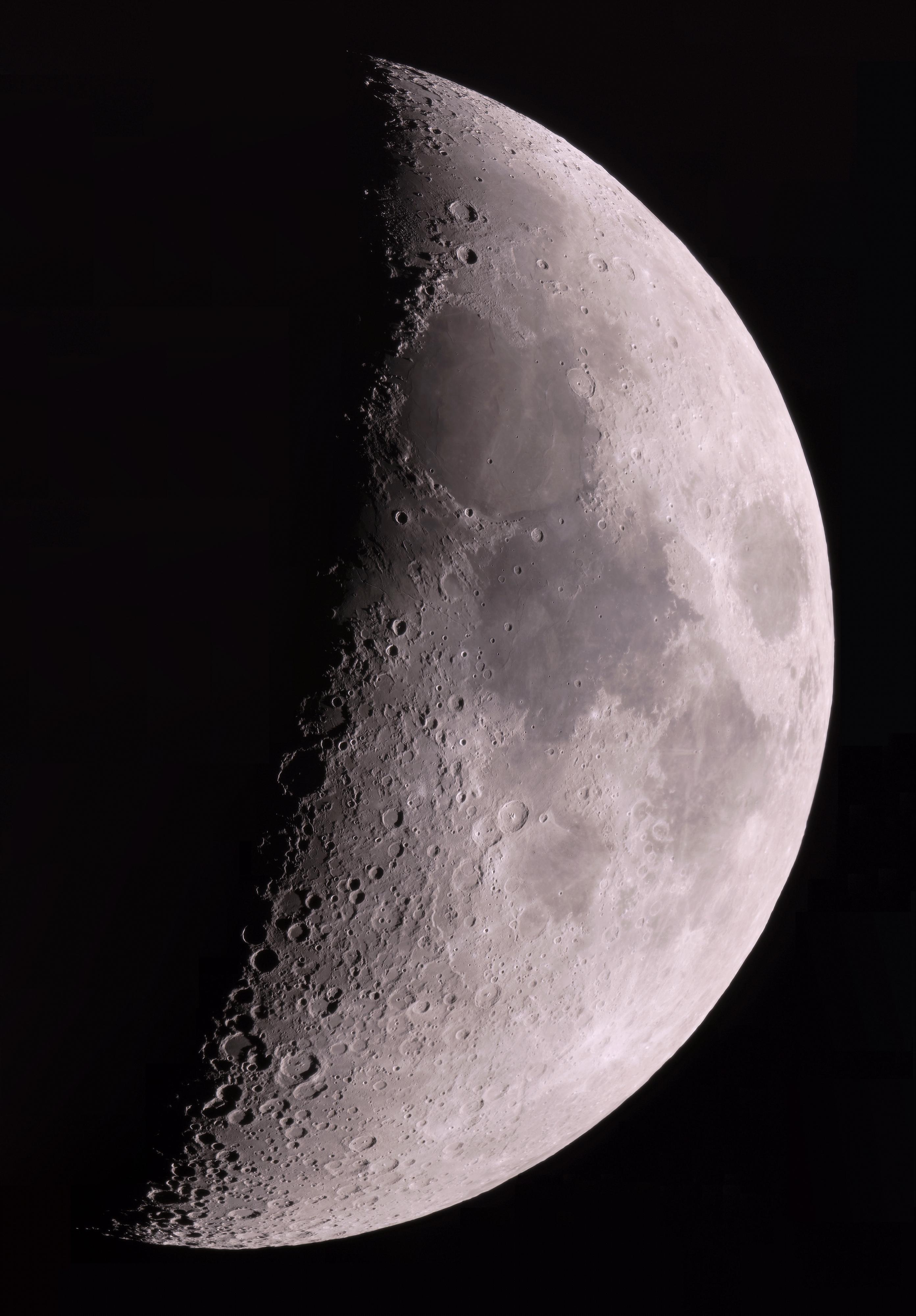 Croissant de lune en couleur du 200321(T250-B2x-A7s-70%)