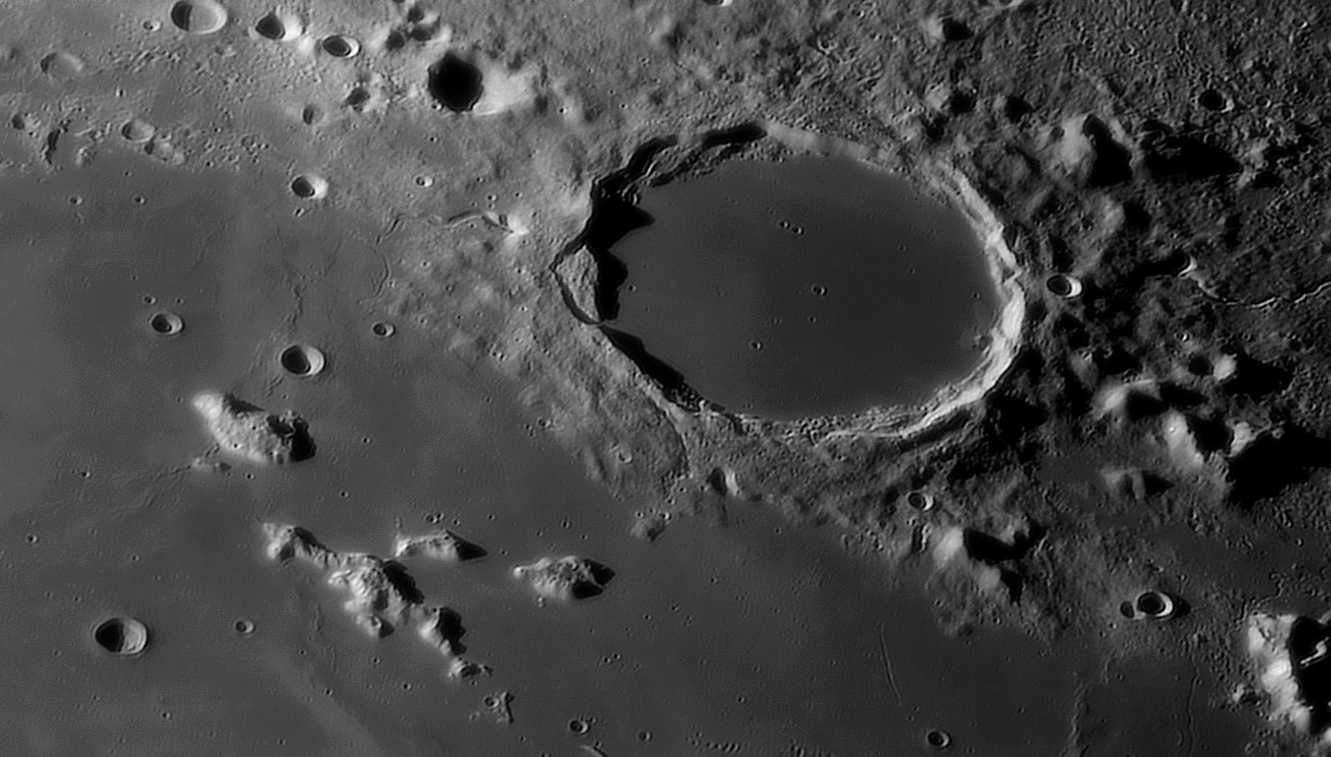 moon_21_09_2019_03_32_53_r_610_PLATON_FINALE1.jpg.b943ef642754937fd99bfc900c337ac1.jpg