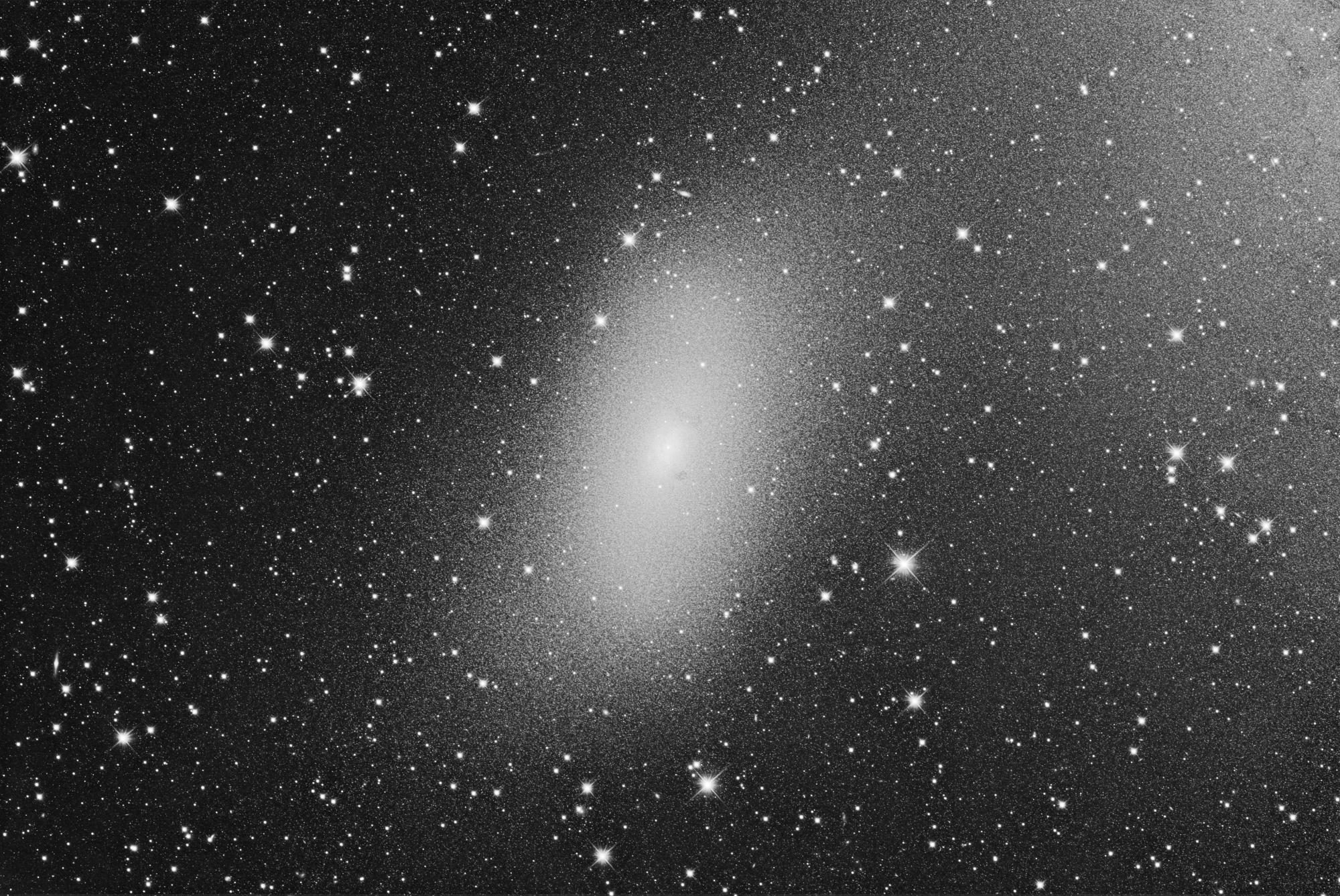 NGC-205-pour-serge-finale-6000-NB.jpg